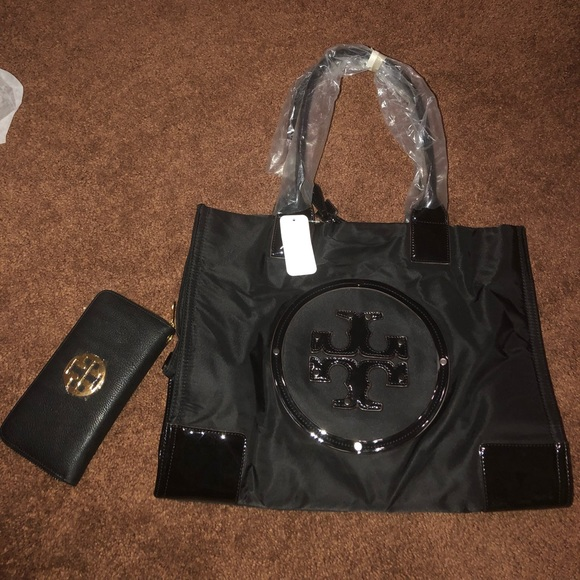 4c8ea326987 Tory burch bag and clutch made in china